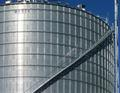 Brock's stairway can be used with stiffened or unstiffened silos, or silos with wind rings.