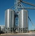 BROCK® Commercial Hopper Silos range up to 11 meters (36 feet) in diameter and offer a maximum capacity over 1,900 cubic meters (58,000 bushels).